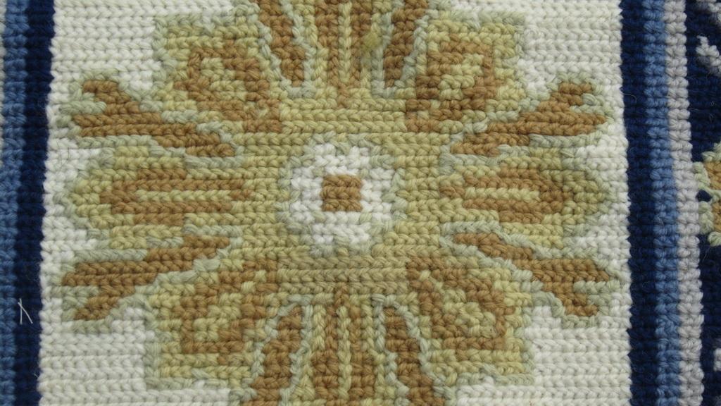 portuguese-needlepoint-rugs1-2